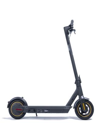 Dolgo pričakovani električni skiro Ninebot by Segway MAX G30